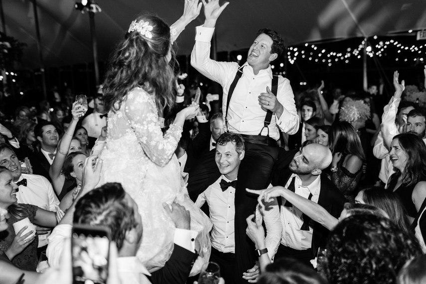 0R1Y HOcYLk - 10 Уникальных развлечений для гостей на свадьбе