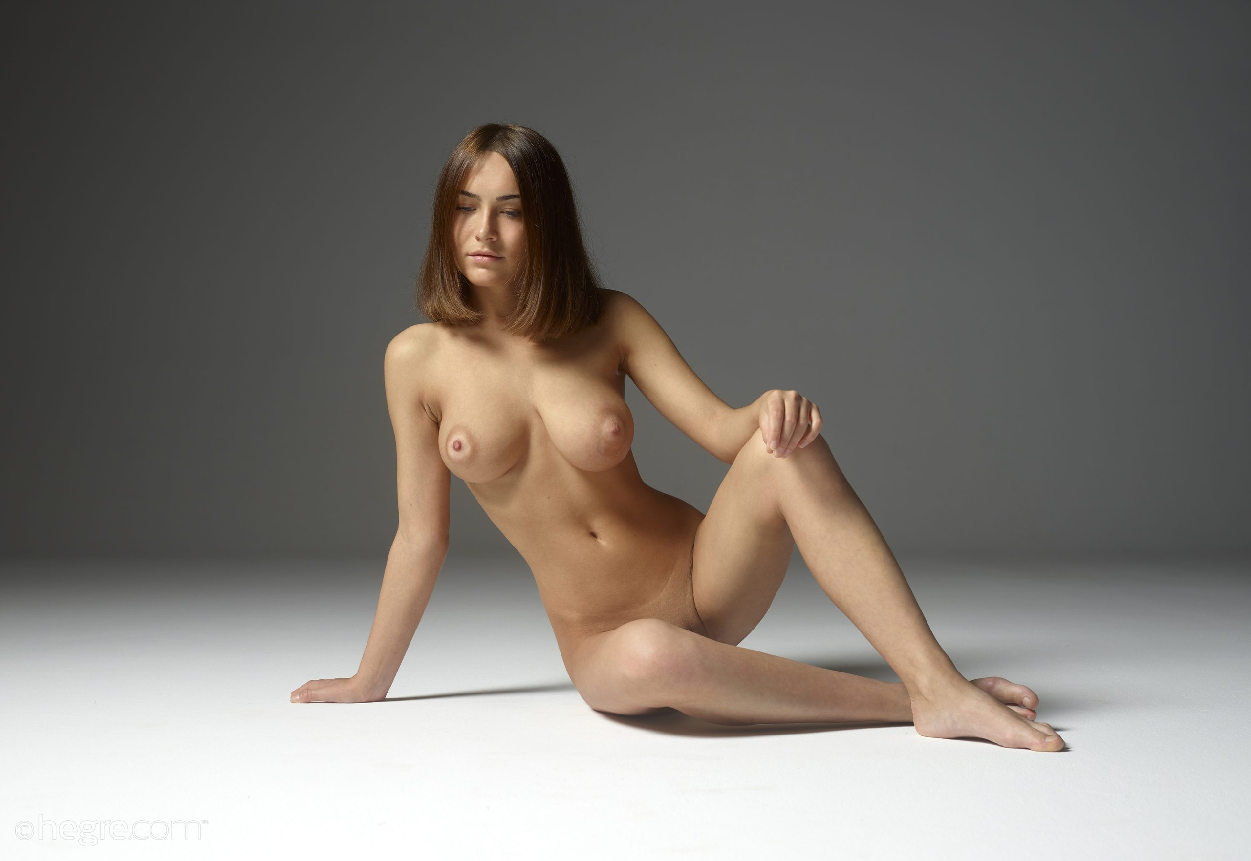 Life Drawing With Nude Model In Studio With Artists, Merging Rivers Artist Guild