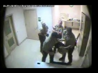 3 Male Cops Forced Dana Holmes to Strip-Search After DUI Arrest (Caught on Camera)