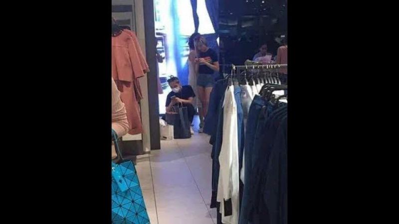 Sơn Tùng M TP và Thiều Bảo Trâm bị bắt gặp đi mua sắm cùng nhau
