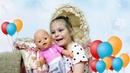 Эмилия Как Мама кормит кашей и купает куклу Беби Бон Видео для детей