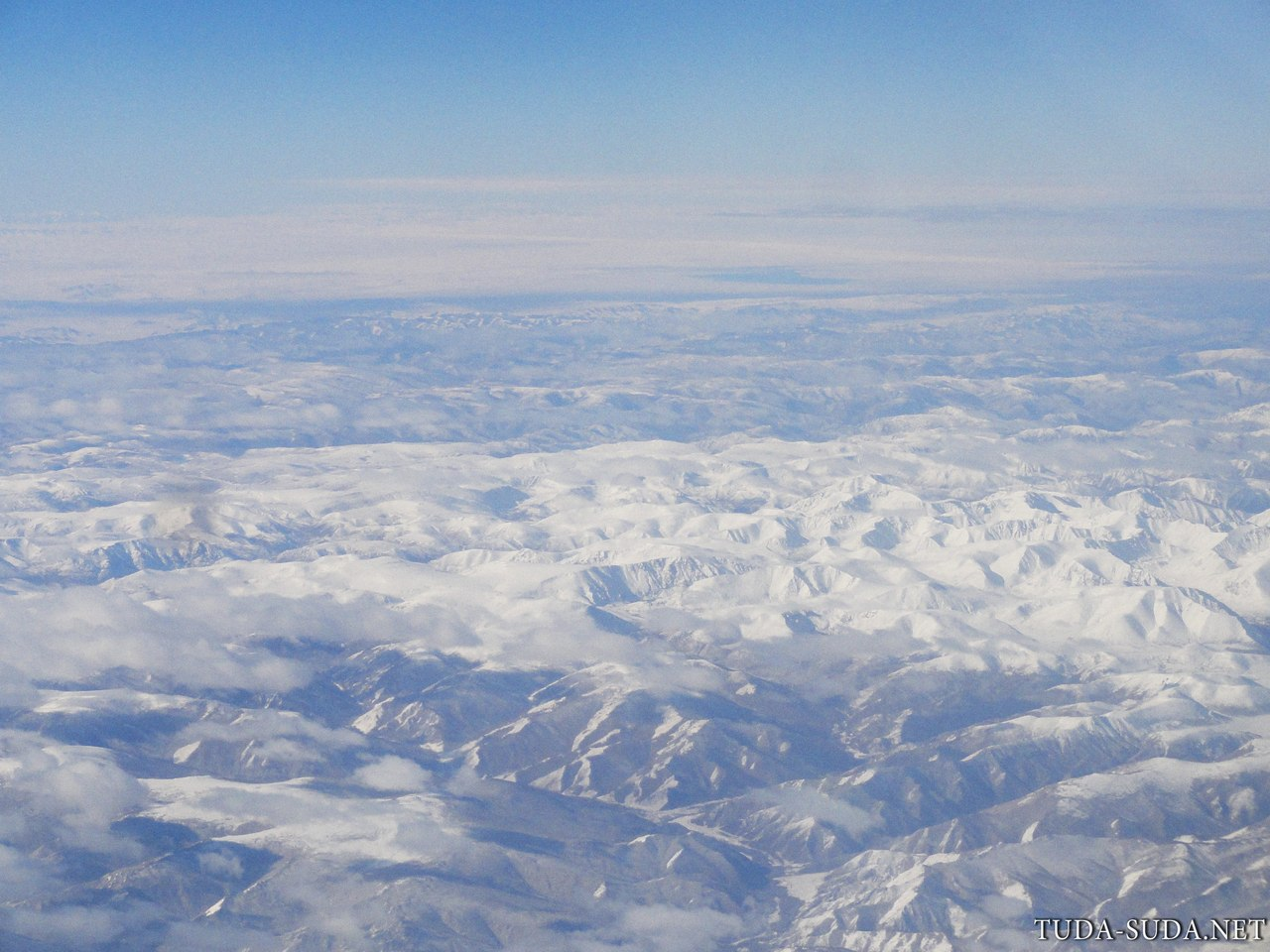 Над Монголией самолет фото