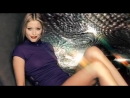 Holly Valence Kiss Kiss Official Video