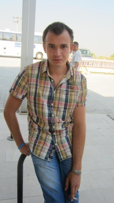 Александр Викторов