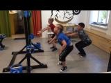 Групповая тренировка для детей. Тренировка мышц ног и спины.