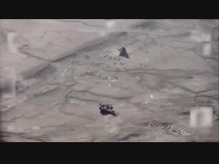 ВВС международной коалиции нанесли удары по позициям боевиков ИГ в горах Макхул и Хамирн в Ираке.
