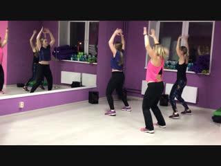 Танцевальная аэробика фитнес-студия «Неслабый Пол «
