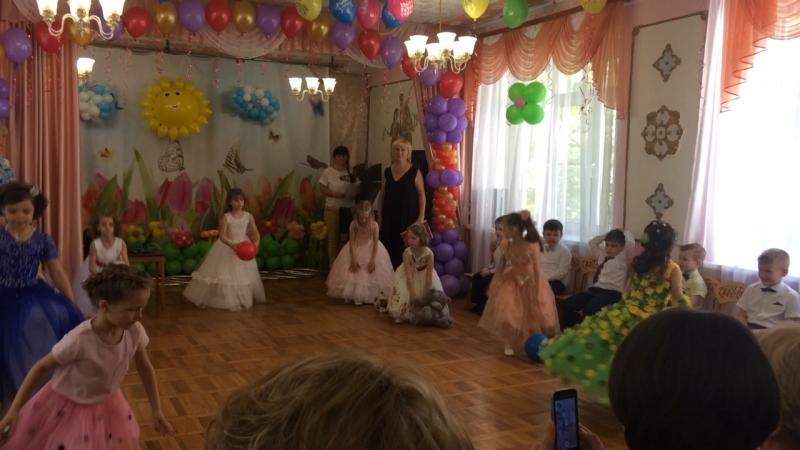 Танец 💃 наших принцесс