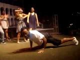 Vagner Love dançando o creu