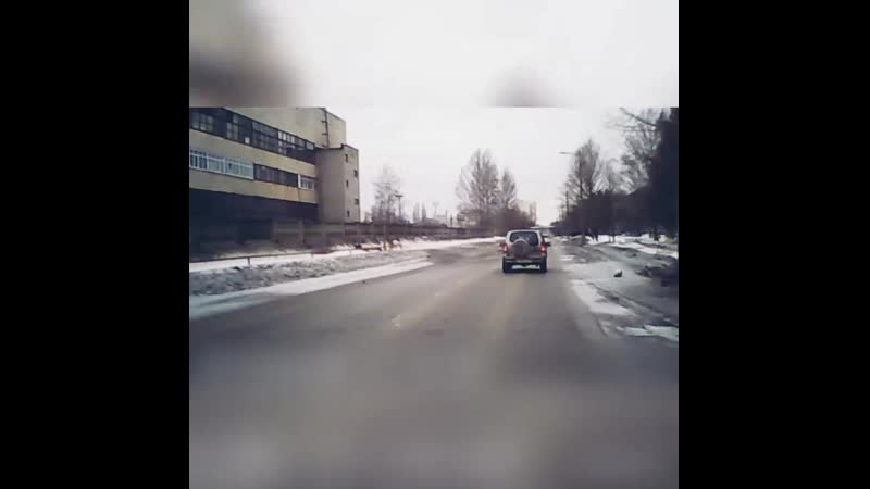 В Пензенской области военный грузовик с поворота влетел в иностранный внедорожник