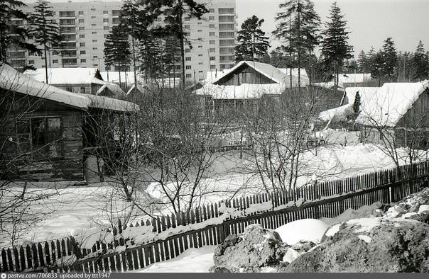 Московская область, посёлок Болшево (ныне микрорайон города Королёв). В районе улицы Парковый тупик