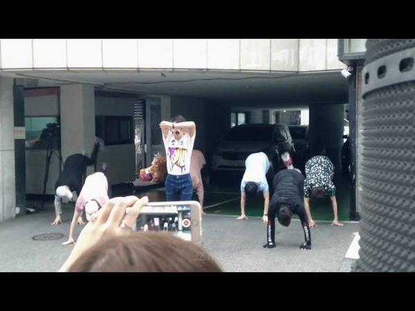 [FANCAM] GOT7 'Girls Girls Girls' Ugly Dance Ver. (Weekly Idol Ep.263)