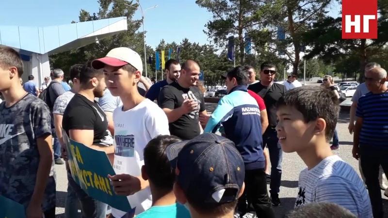 Встреча Вейсала Эюбова в аэропорту - бронзовый призер чемпионата мира по греко-римской борьбе