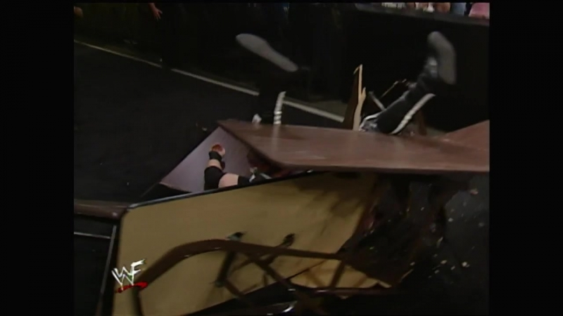 WWE SummerSlam 2000 - Tables, Ladders, and Chairs match for the WWF Tag Team Championship - Edge and Christian vs The Dudley Boy
