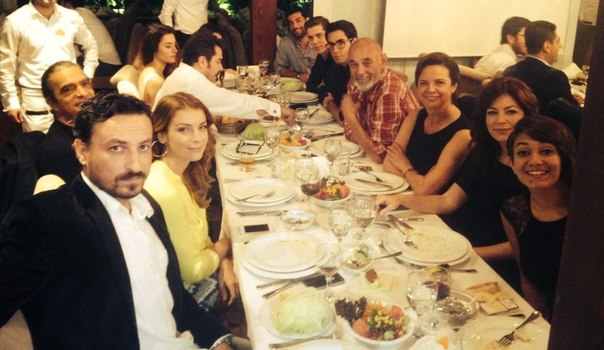 Турецкие актеры в жизни фото 310-412