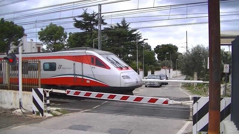 Spoorwegovergang Bari S. Spirito (I) Railroad crossing Passaggio a livello
