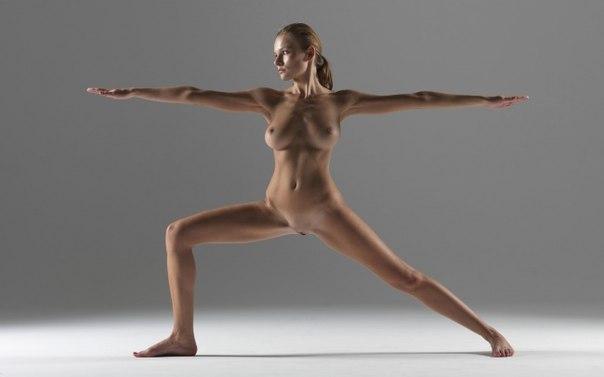 голые девушки йоги фото