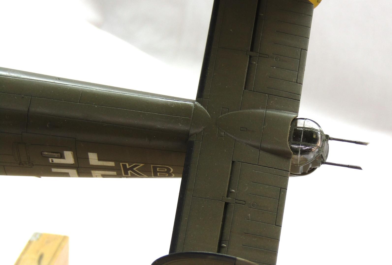 B-24H Liberator 1/72 (Academy) 5_O5Lw4T5TE