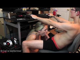 [МаnуVids] СеСеSерtеmbеr - Getting A BJ While Playing Videogames (1080p) [Amateur, Teen, Blowjob, Swallow]