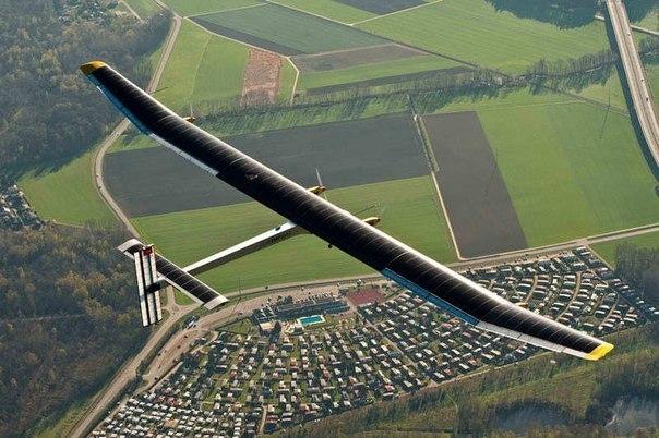 Самолету «Solar Impulse 2» предстоит совершить кругосветный полет на солнечной энергии