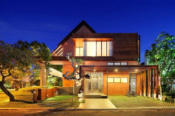 Alam Sutra Residence — роскошный особняк в Индонезии.