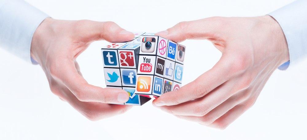 Открытки в социальных сетях