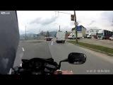 Кино про водителя автобуса который не смотрит в зеркала и доброго мотоциклиста.