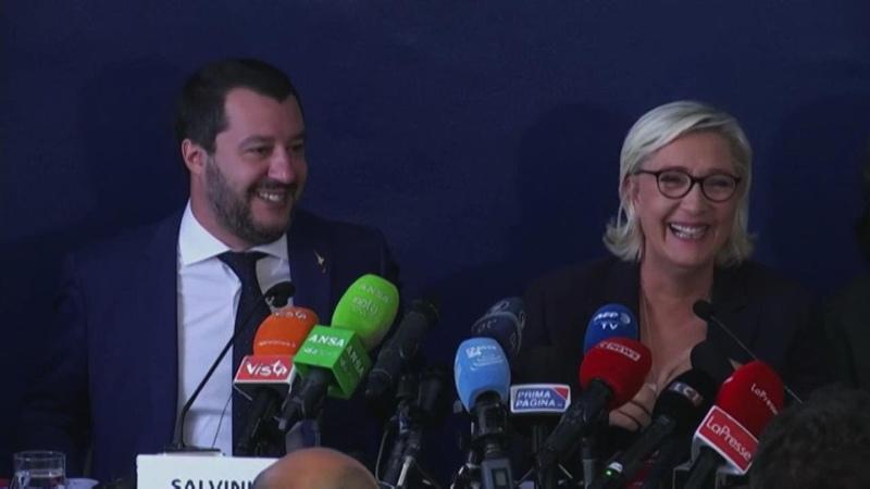 Incontro Saviano-Macron, Salvini: Spero non facciano selfie svestiti. E Le Pen ride