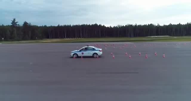 Военные автоинспекторы эффектно показали полицейский разворот