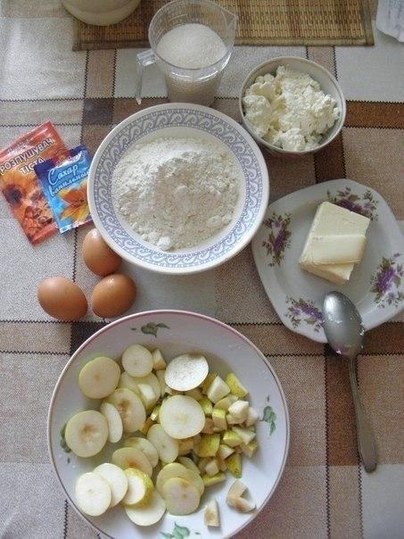 Творожный кекс с грушей Нам понадобится: 225 гр муки 115