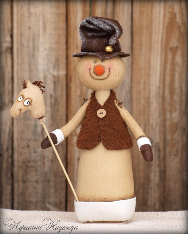 кофейный снеговик