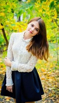 Олька Ежова