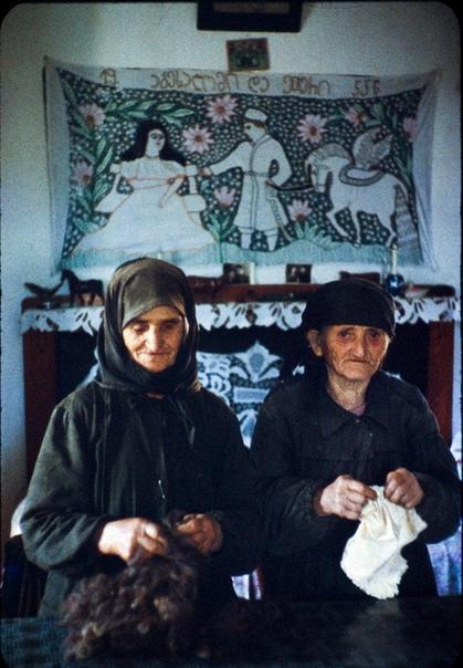 Цветные фотографии прекрасной и гостеприимной Грузии. 1956г.