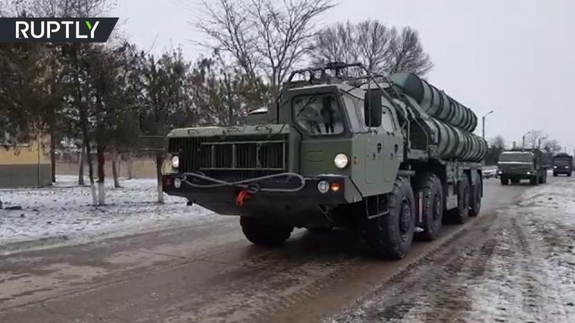 Проезд новейших комплексов С-400 в Крыму попал на видео