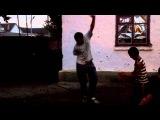 Дима танцует дома у балкарца Кизила