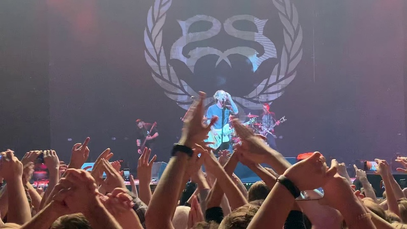 Stone Sour- Rose Red Violent Blue (Moscow 2018)
