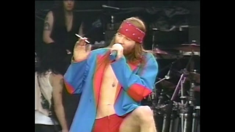Guns N' Roses - 1992-06-06 - Hippodrome de Vincennes, Paris, France [60FPS]
