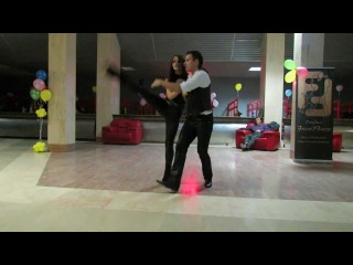 если кто не знает как нужно танцевать бачату!!!