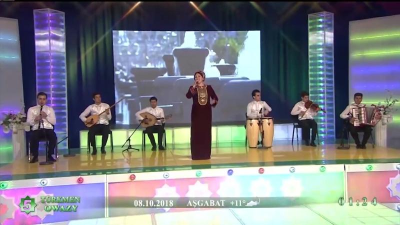 Dursunjemal Gazakowa - Ak atdasyň Arkadag - 2018 (Konsert).mp4