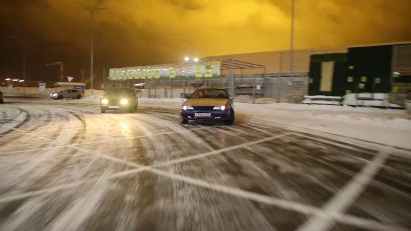 Белые ночи Электростали и Nissan Skyline 32