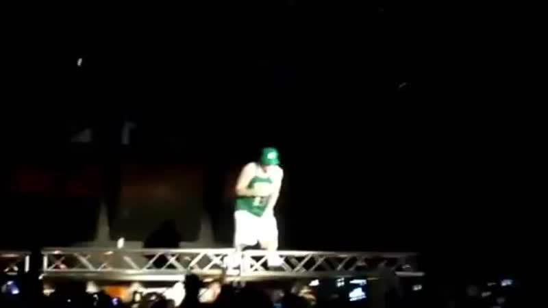 Rollin_ (Un)official music video - Limp Bizkit ft - 360P.mp4