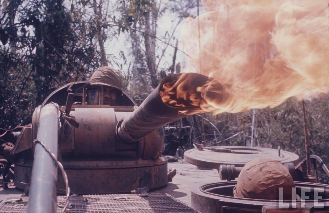 guerre du vietnam - Page 2 W8zDD1CfSkY