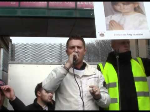 Tommy Robinson demands justice at EDL Blackburn Demo 020411.mp4