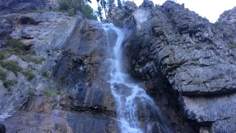 Алтай,водопад девичье слёзы