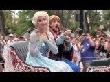 Frozen Royal Welcome show, parade, sing-along with Anna, Elsa, Kristoff, Olaf at Walt Disney World