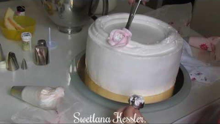 Оформление торта кремомБЗК в Малазийском стиле.