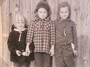 Когда мы были маленькими, мы не парились по поводу того, что нам одеть. Нас одевали родители.…