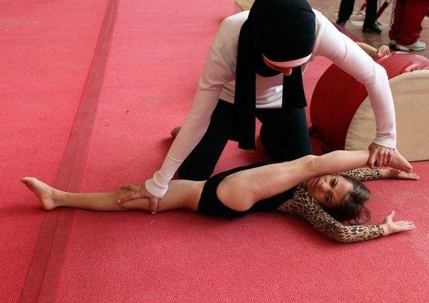 фото гимнасток без одежды