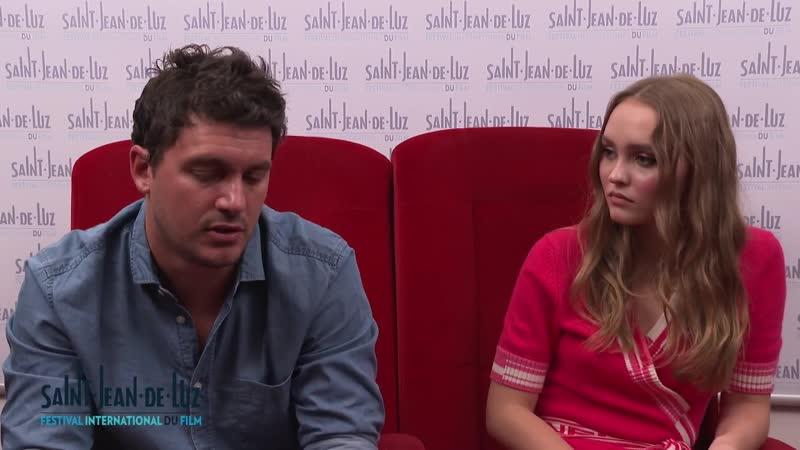 Интервью Лили-Роуз Депп и Венсана Мариета на кинофестивале в Сен-Жан-де-Люз