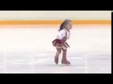 AMAZING 2 Year-Old Russian Girl is an Excellent Ice Skater